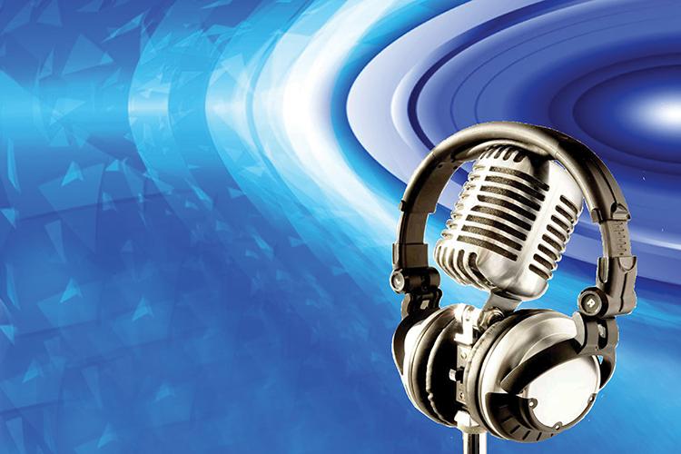 Dettaglio della locandina: microfono e cuffia