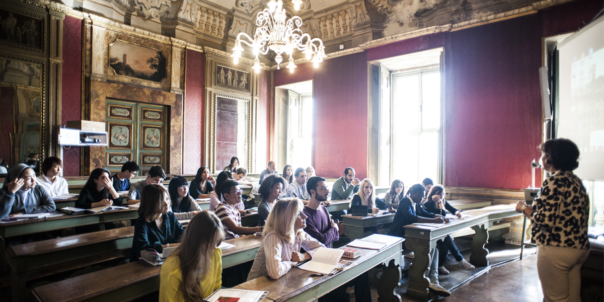 Universit Degli Stranari - Perugia