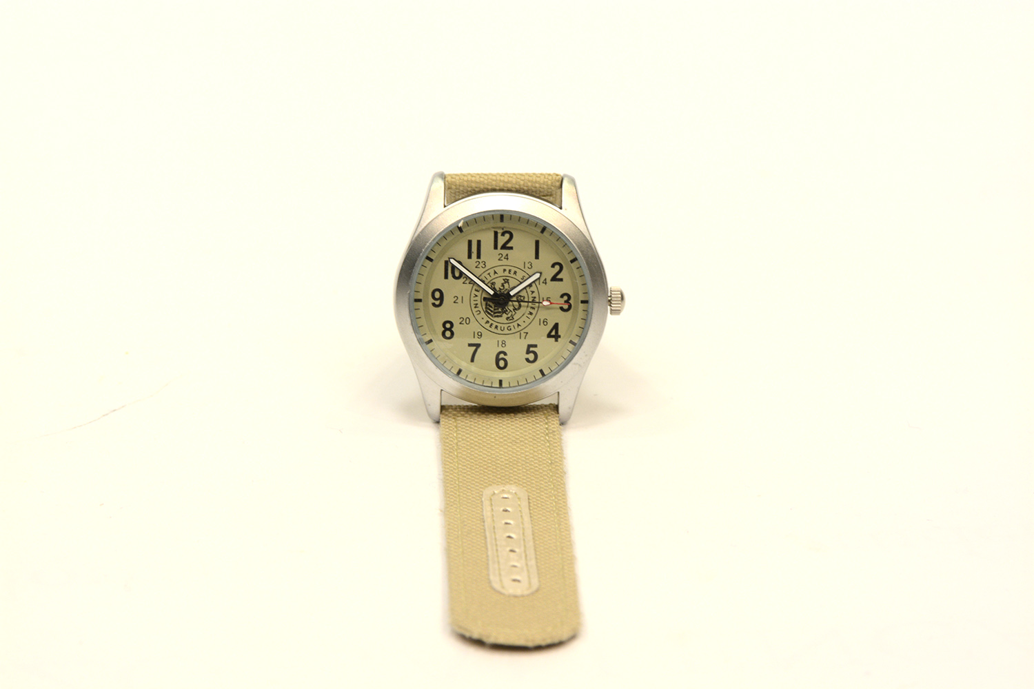 ANALOG WRIST WATCH