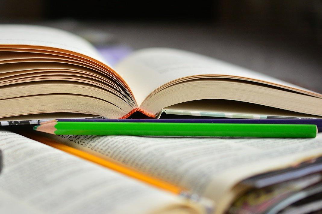 prendi un libro
