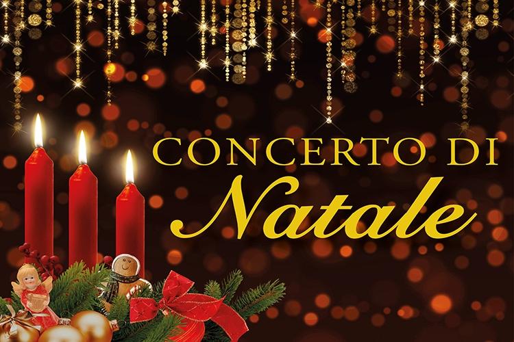 Candele, biscottini e luci di Natale