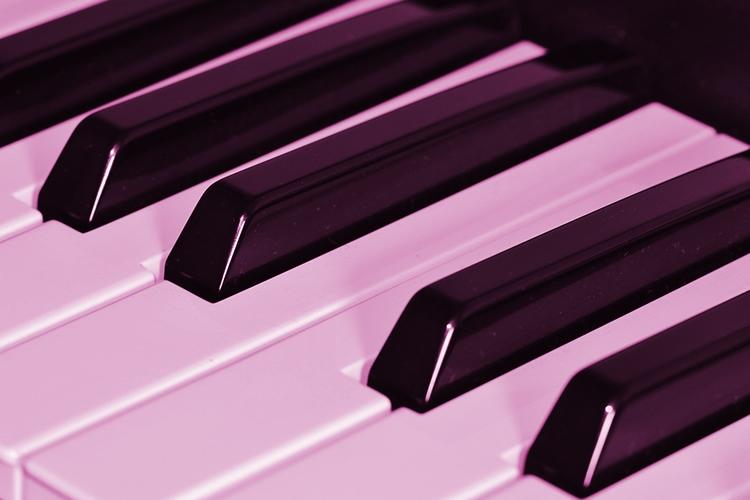 dettaglio di tastiera di pianoforte
