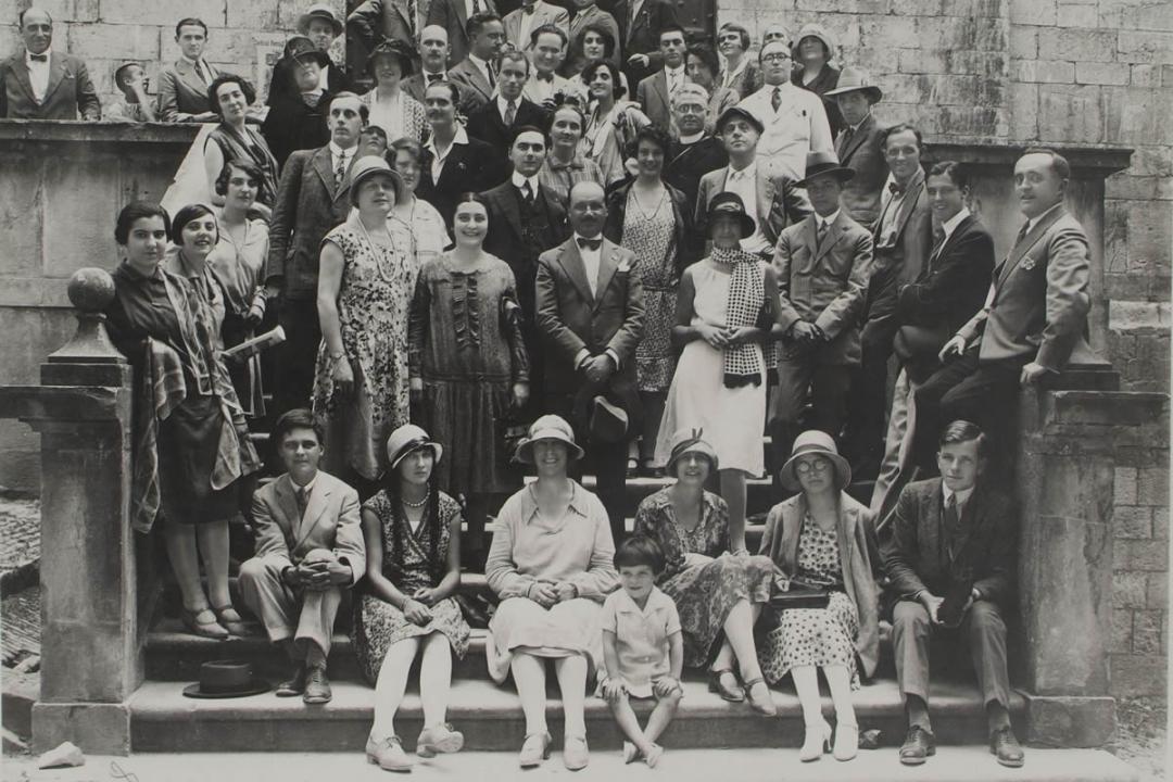 29 luglio 1928 - Studenti in visita a Gubbio
