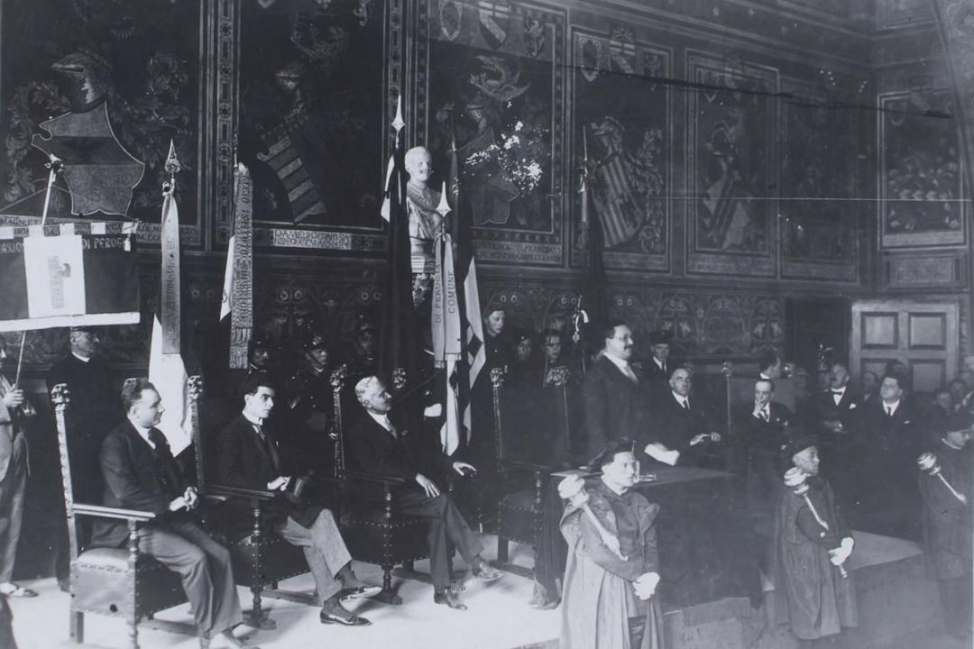 1° agosto 1926 - S. E. il Ministro della pubblica istruzione Prof. Fedele pronuncia la prolusione