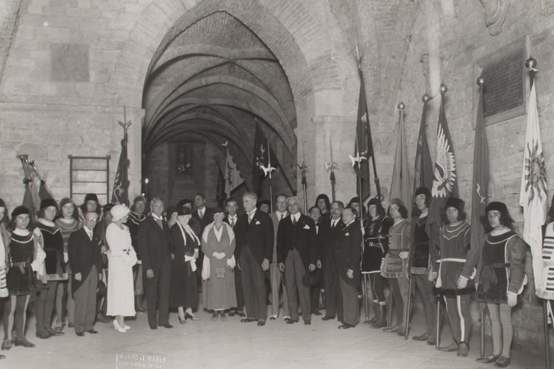 30 settembre 1933 - Conferimento della cittadinanza onoraria di Perugia a Sir Frederic Tborn Rider