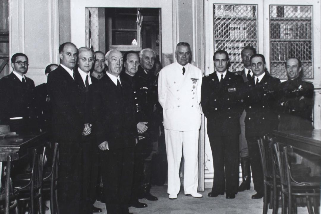 11 luglio 1943 - Inaugurazione dell'anno accademico. Il Rettore e i rappresentanti diplomatici della Germania, della Spagna, dell'Ungheria, della Romania, della Finlandia e della Croazia