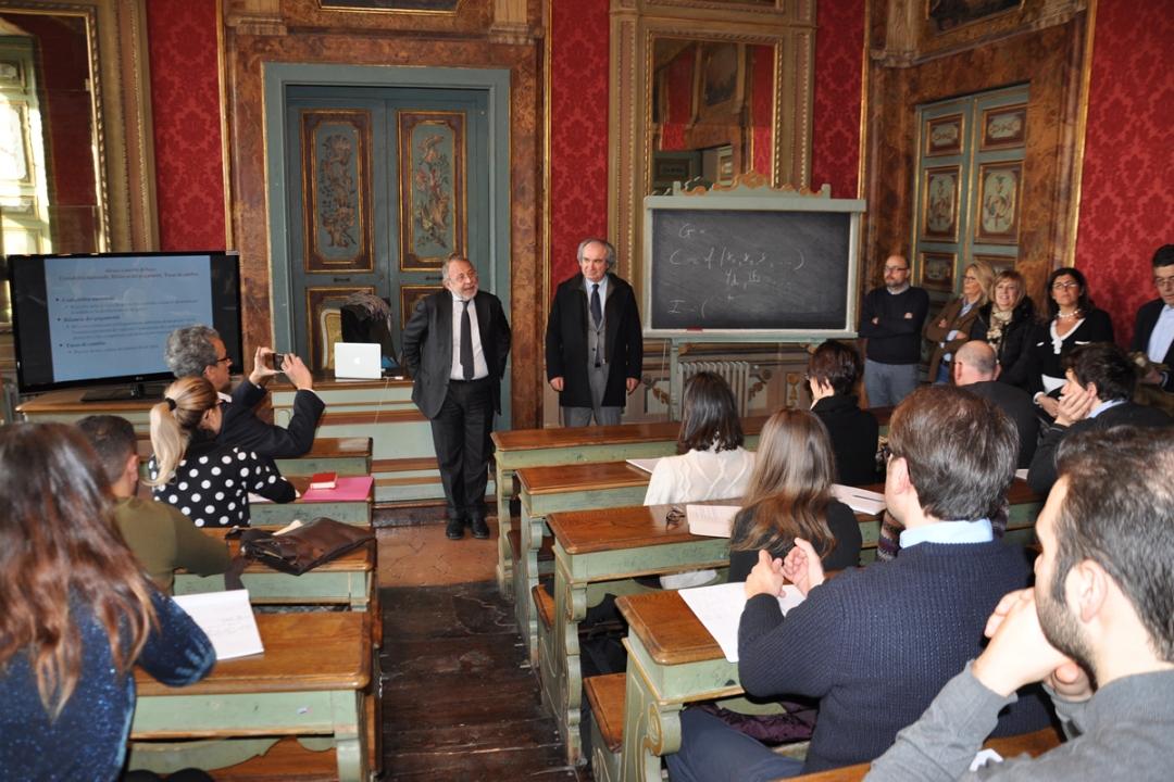 Studenti in aula col rettore Paciullo