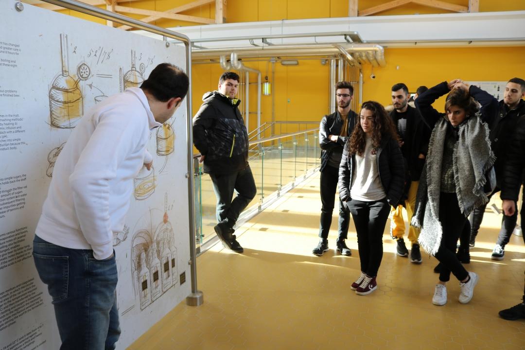studenti durante la visita
