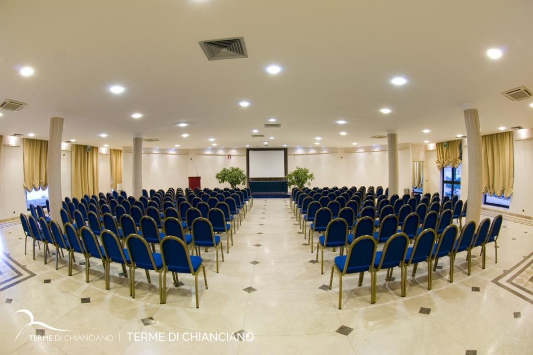 sala conferenze delle Terme di Chianciano
